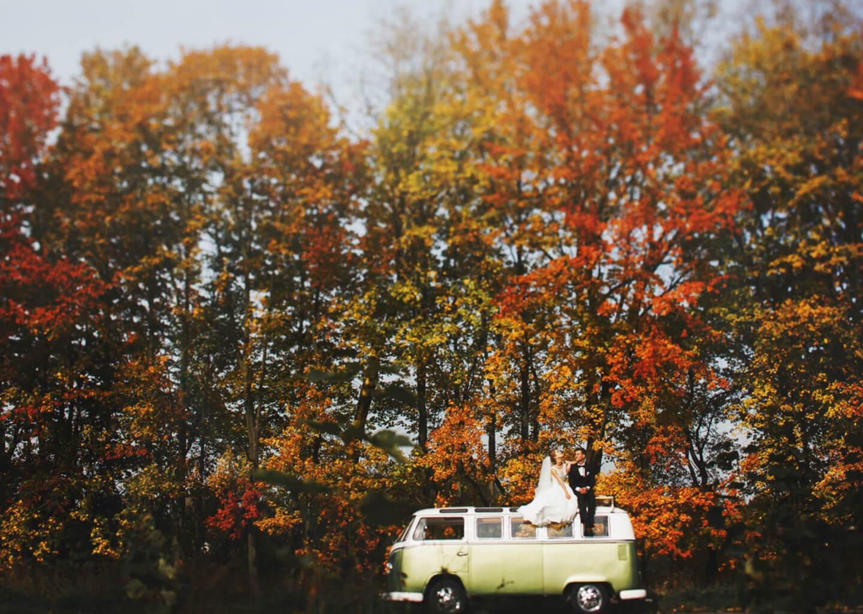 Koç burcuna göre düğün konsepti önerisi: Doğanın içinde, sade ve mutlu bir düğün konsepti